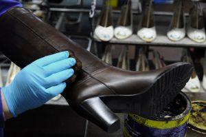 Materie prime d'eccellenza per scarpe in pelle di prestigio